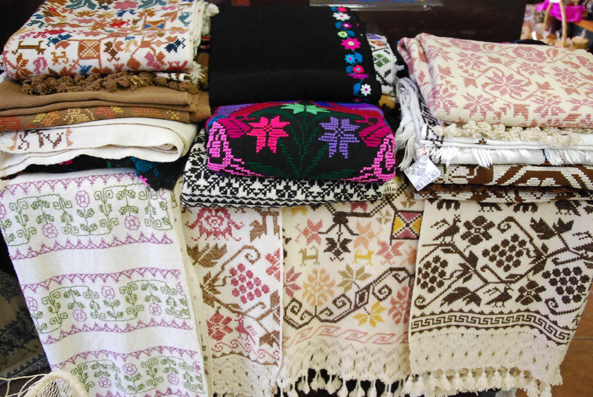 "My Home Value >> Puebla Textiles at the Arts Cooperative ""Siuamej""   Oaxaca ..."