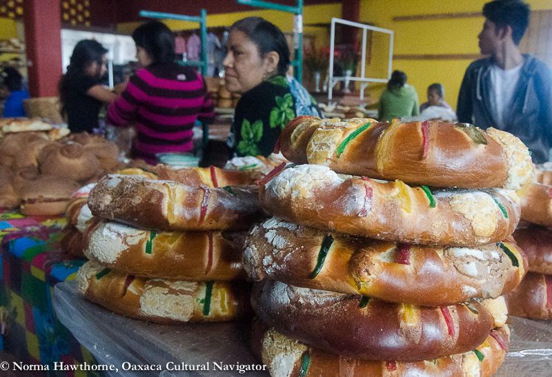Rosca De Reyes Cake Recipe